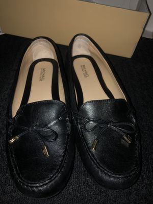 Michael Kors women loafers for Sale in Los Angeles, CA