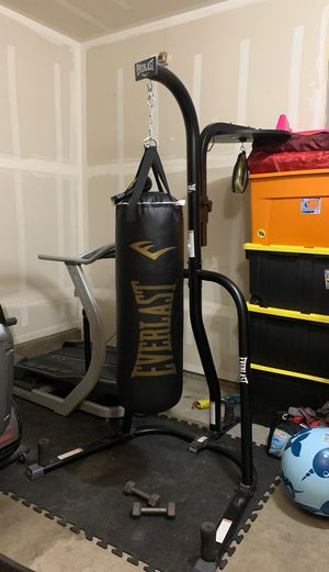Heavyweight and speed bag combo set for Sale in Olympia, WA