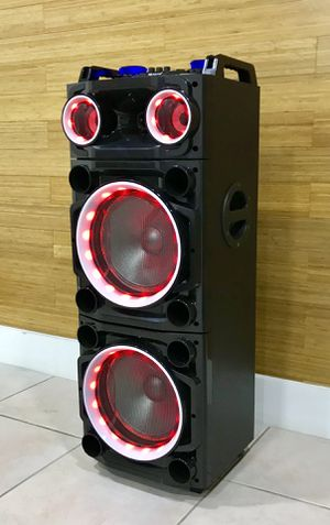 Speaker Bluetooth,3000w,radio,1🎤karaoke,recargable para la playa😎,USB,AUX,rueda,luz LD for Sale in Hialeah, FL