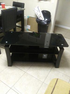 Glass tv glass table for Sale in Kissimmee, FL