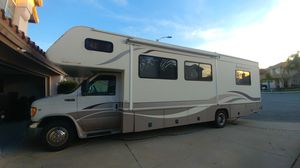 2000 Fleetwood Jamboree GT 31W Ford E450 for Sale in Highland, CA