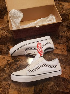 """New Vans size 9.5 Classic Old Skool """"Removable Checker Side Stripe V"""" for Sale in McConnell Air Force Base, KS"""