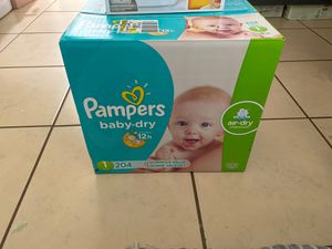 Pampers and munchkin wipe warmer for Sale in Phoenix, AZ