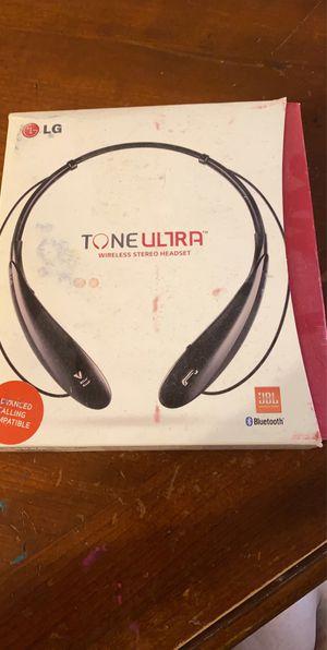 Lg tune ultra bluetooth headphones for Sale in Phoenix, AZ