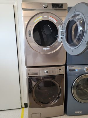 Kenmore front load washer and Samsung electric dryer new scratch and dents with 4month's warranty for Sale in Mount Rainier, MD