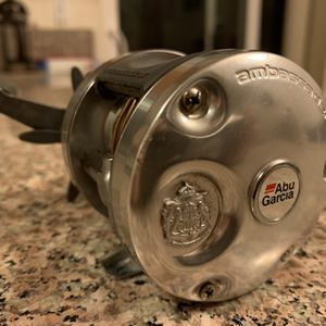 Abu Garcia 5500 C3 Right handed Baitcasting Reel for Sale in Gresham, OR