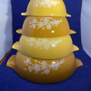 Vintage Pyrex Butterfly Gold Redesign Set Of 4 Cinderella Bowls for Sale in Yardley, PA