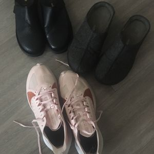 3 Pairs of Shoes Size 7 for Sale in Seattle, WA
