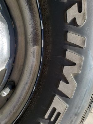 Nissan pickup tires for Sale in Fontana, CA