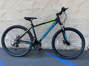"Schwinn Mesa 2 Medium size Mountain Bike 27.5"" Wheels 21-speed Bicycle for Sale in San Diego, CA"