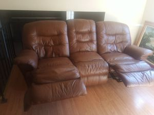 Double recliner loveseat for Sale in Colorado Springs, CO