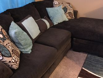 L-shaped Choc Sofa Set for Sale in White House,  TN