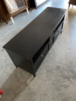 TV stand (wooden) for Sale in New Port Richey, FL