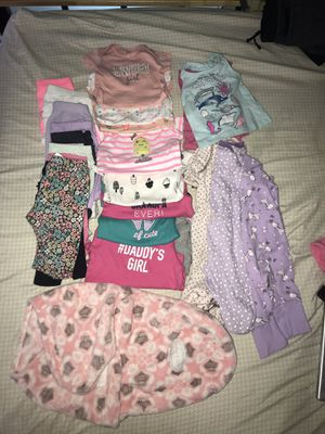 Newborn- 0-3 month baby girl clothes and size 1, diapers for Sale in Oregon City, OR