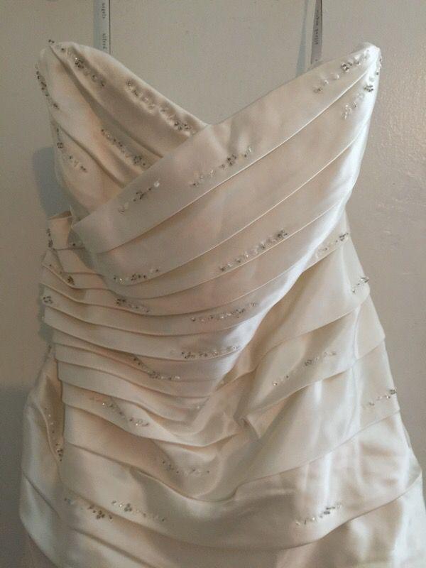 Alfred Angelo/ Plus Size Wedding Dress