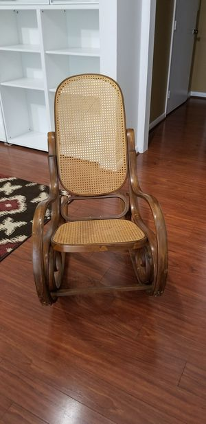 Rocking chair for Sale in Manassas, VA