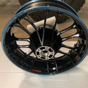 Cvo Knockout Harley Wheel Rear for Sale in Pendleton, IN
