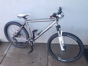 26 mongoose Meteore comp mountain bike for Sale in Mesa, AZ
