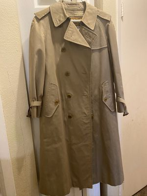 burberry trench coat size woman L for Sale in Aurora, CO