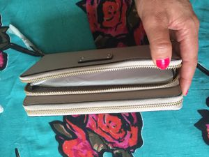 Kate Spade Authentic Wallet for Sale in Santa Monica, CA