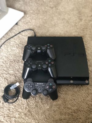 PLAYSTATION 3 250 GB w/ 3 original controllers & almost 20 games for Sale in Orlando, FL