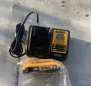 Battery and charger for Sale in Miami, FL
