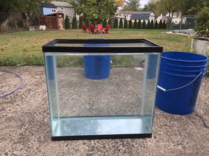 15g tall fish tank for Sale in Warminster, PA