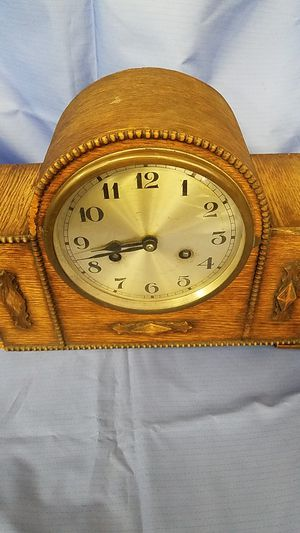 Antique Mantel Clock for Sale in Santa Susana, CA