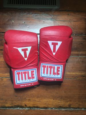 TITLE boxing gloves for Sale in Richmond, VA