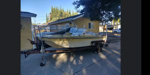 Gm Ranger 17 foot fishing boat for Sale in Los Angeles, CA