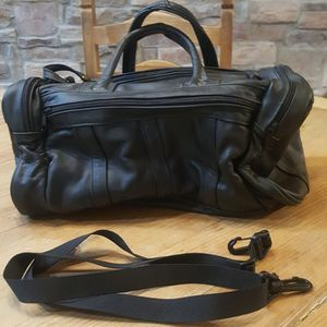 Geniun Leather Camera Bag for Sale in Gilbert, AZ