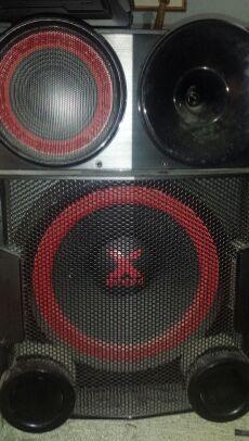 XBOOM LG 4400 Watt Dual speakers for Sale in Port St. Lucie, FL