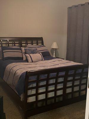 Queen size bedroom set for Sale in Denver, CO