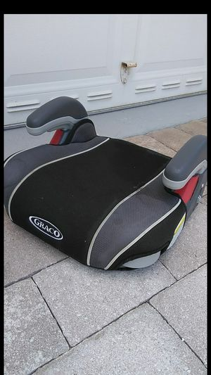 Graco booster seat for Sale in Loxahatchee, FL