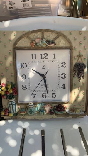 Kitchen clock for Sale in Oakland, CA