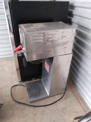 Tall Mount commercial coffee maker. for Sale in High Point, NC