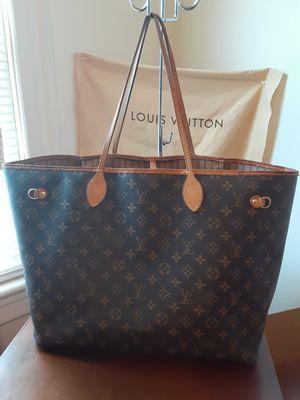 Louis Vuitton bag for Sale in Cumberland, RI