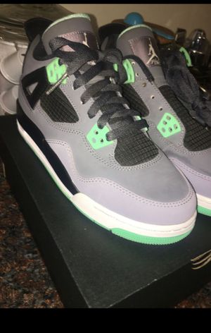 Jordan 4s , green glows. Size 5Y for Sale in San Leandro, CA