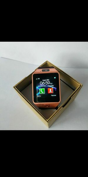 Iphone/Androidnew Bluetooth smartwatch with camera for Sale in Beaverton, OR