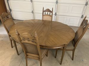 Dining Table and Chairs for Sale in Clovis, CA