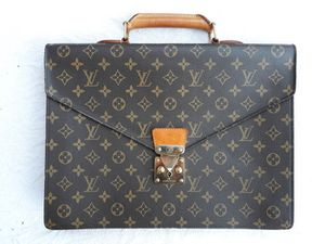 Louis Vuitton Business Bag Serviette Conseiller for Sale in Virginia Beach, VA