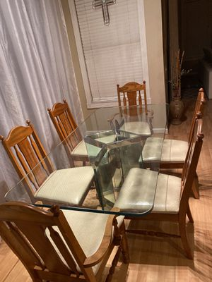 Set of 6 Chairs Kitchen or Dining room ...great condition for Sale in Wesley Chapel, FL