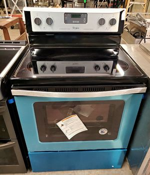 NEW WHIRLPOOL Stainless Electric Range Stove Warranty WFE320M0ES for Sale in St. Petersburg, FL