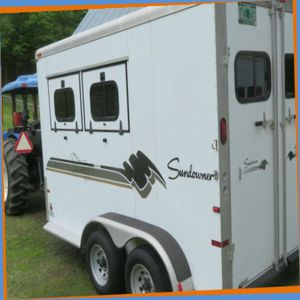 A BEAUTIFUL 2 HORSE TRAILER For Sale .$1OOO for Sale in Lexington, KY