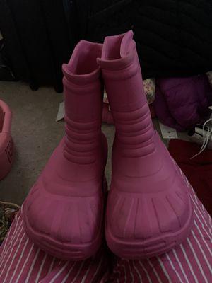 Pink Crocs for Sale in Springfield, VA