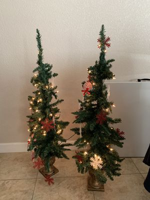 Small Christmas trees for Sale in Kingsburg, CA