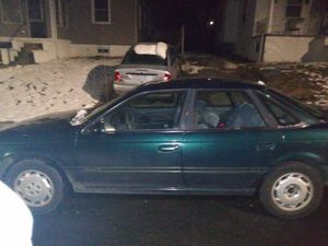 Ford TAURUS no warning lights strong reliable car for Sale in Baltimore, MD