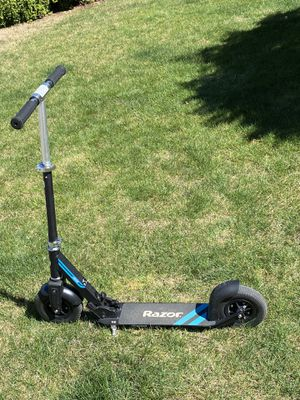 Razor scooter for Sale in Sammamish, WA