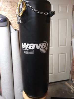 Punching bag for Sale in Federal Way, WA
