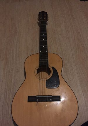 Guitar for Sale in Saint Albans, ME